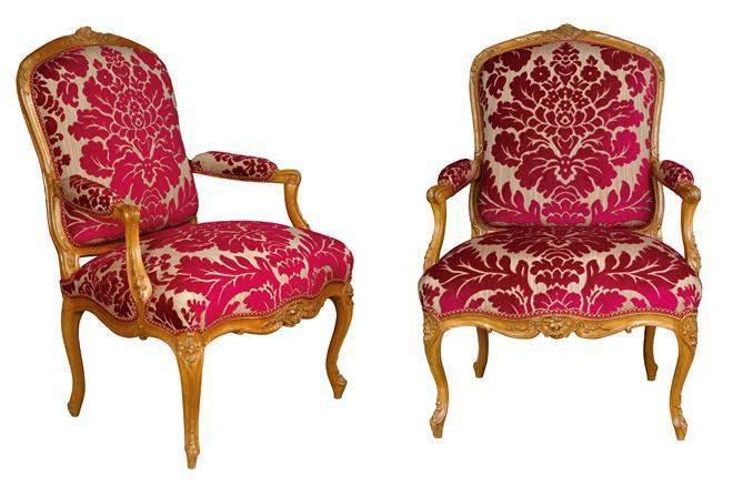 les fauteuils de style louis xv. Black Bedroom Furniture Sets. Home Design Ideas