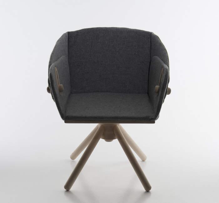 karen-naalsund-son-fauteuil-deux-positions