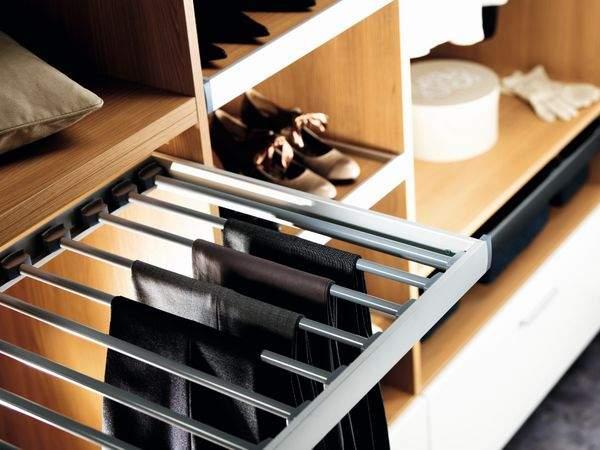 quelques conseils pour am nager son dressing. Black Bedroom Furniture Sets. Home Design Ideas
