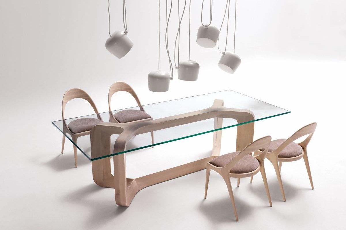 découvrez Sharon et Denise, la table et chaise de repas par Paco Camús