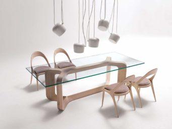 Sharon et Denise, les meubles épurés par Paco Camús.