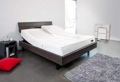 lit electrique double maison design. Black Bedroom Furniture Sets. Home Design Ideas