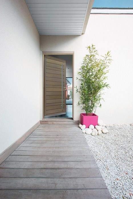 pourquoi utiliser du bois pour ma porte d 39 entr e. Black Bedroom Furniture Sets. Home Design Ideas