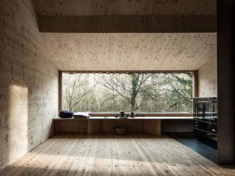 Tom's Hut : une cabane au fond des bois