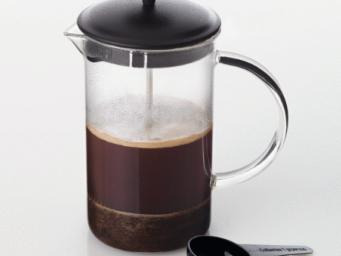 La cafetière à piston : pourquoi la choisir ?