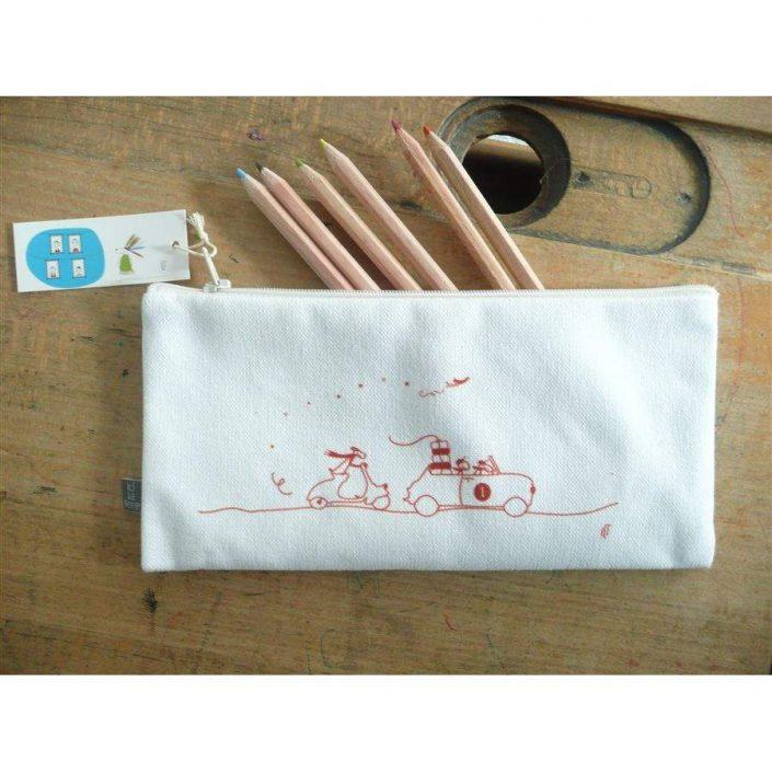 Crayons_De_Couleur_Ici_La_Terre_Kit_Ecolier_Garcon_Trousse_Regle_Et_Crayons_De