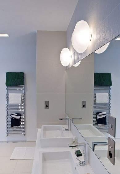 salle de bains les accessoires indispensables. Black Bedroom Furniture Sets. Home Design Ideas