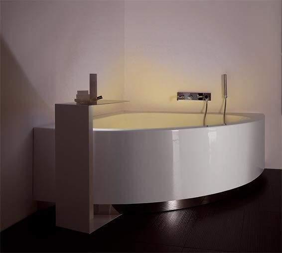 Baignoire d 39 angle pourquoi la choisir - Grande baignoire d angle ...