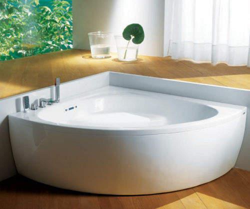 Baignoire d 39 angle pourquoi la choisir for Peut on repeindre une baignoire