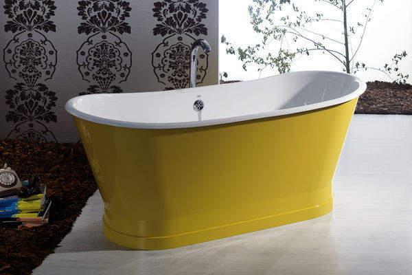cr er une ambiance singuli re avec une baignoire il t. Black Bedroom Furniture Sets. Home Design Ideas