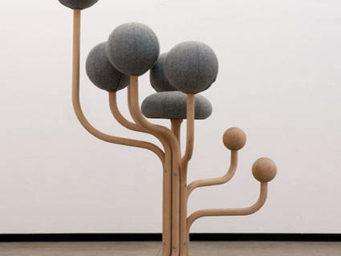 Globe concept, les chaises vues par l'artiste Peter Opsvik