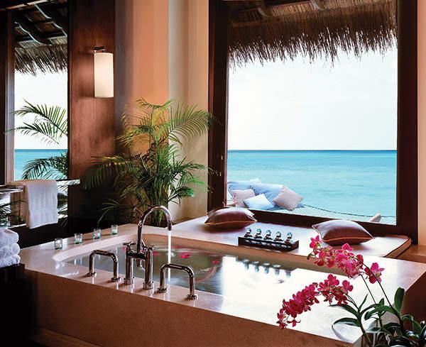 reethi-rah-maldives-hotel-luxe-design-suite-vue