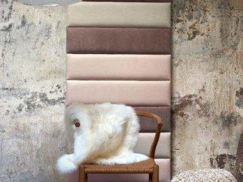 Carreaux de cuir: un revêtement mural élégant et audacieux