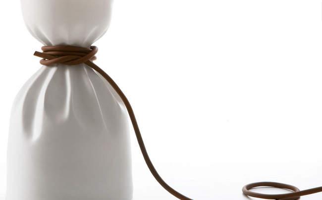 porcelaine-lumiere-artificielle-delicate-rencontre-signee-naouri