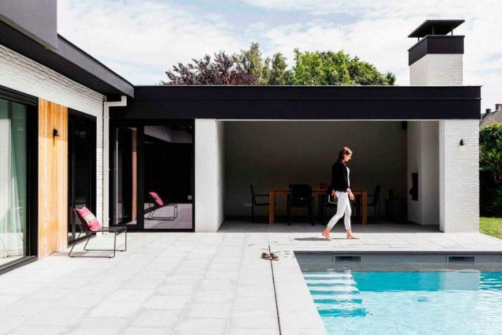 Juma architectes r nove un bungalow des ann es 70 - Deco buitenkant idee ...