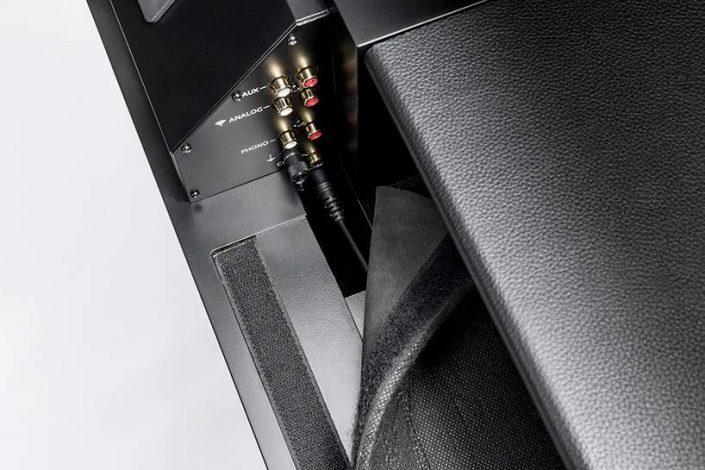 la-boite-concept-LP-160-loudspeaker-designboom-10-818x545