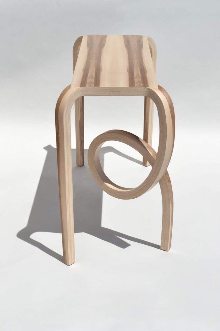 Le mobilier en bois sign kino guerin for Meuble futuriste montreal