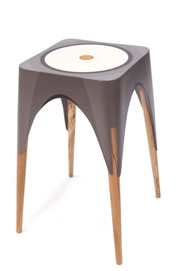 Matter-Of-Motion-Maor-aharon-10-wood-legs-Pattern-of-circles-600x900