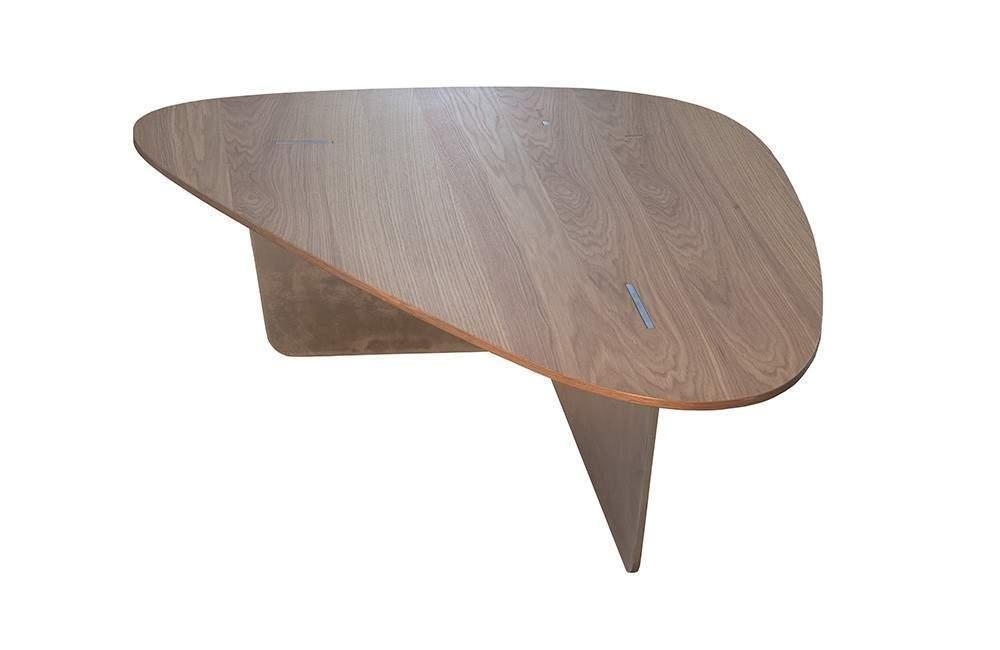 10 tables basses inspirantes et fascinantes pour vos salons. Black Bedroom Furniture Sets. Home Design Ideas
