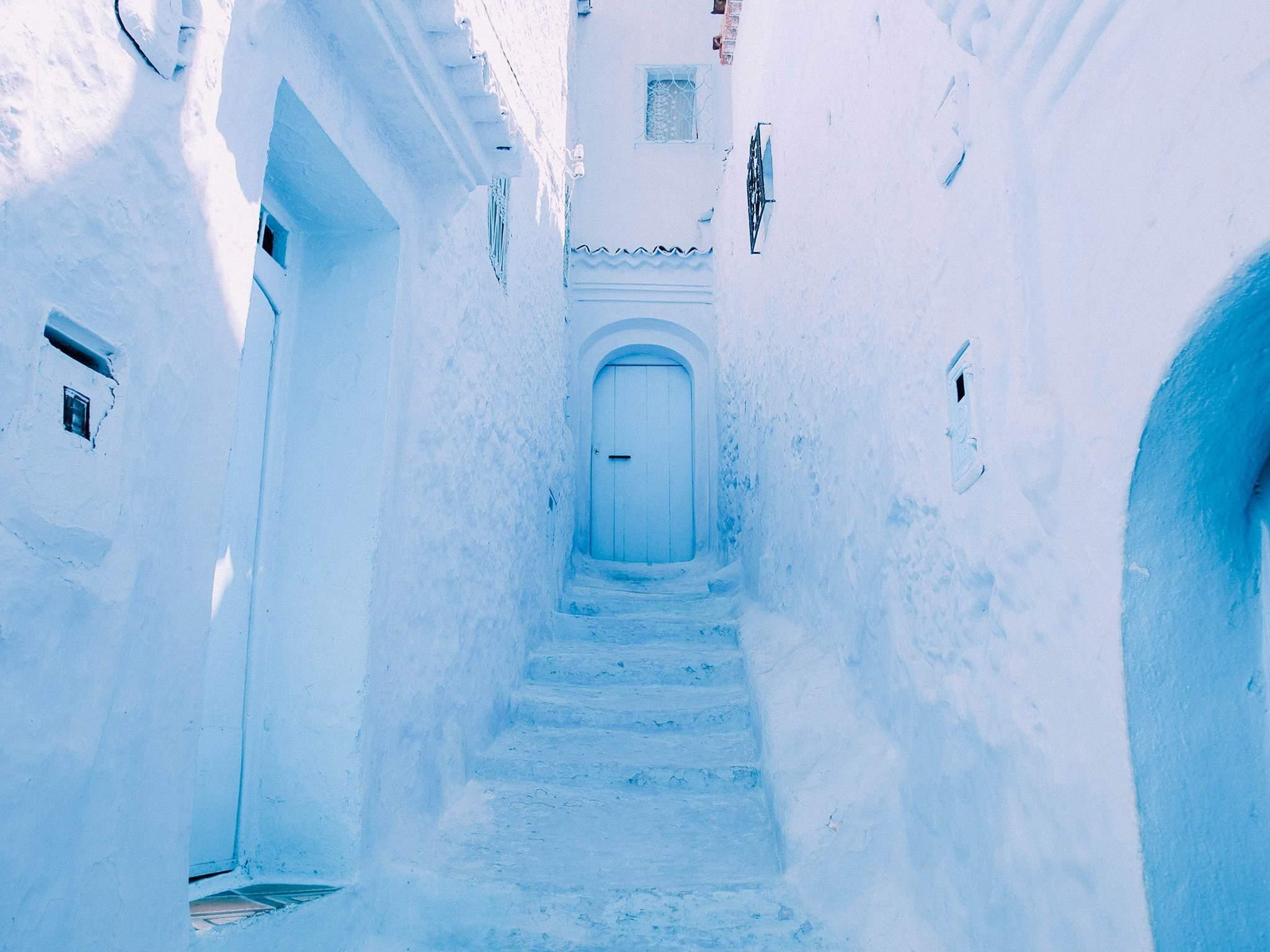 rue bleu clair Chefchaouen