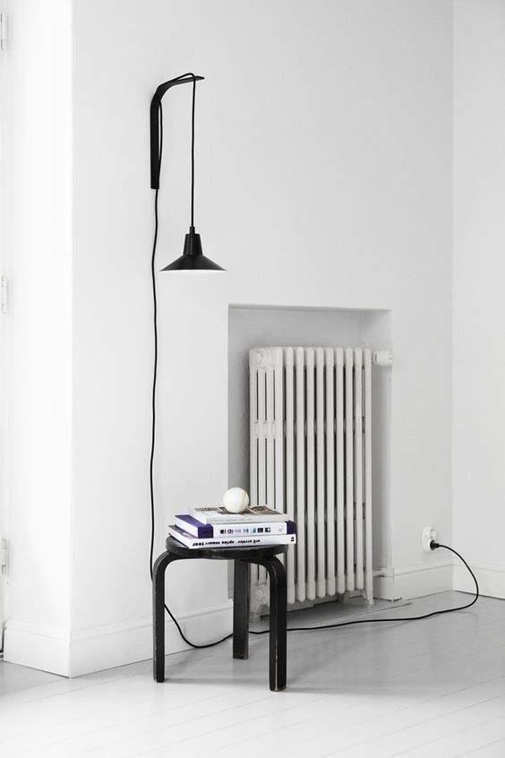 70 r alisations contemporaines pour mieux cacher son radiateur. Black Bedroom Furniture Sets. Home Design Ideas