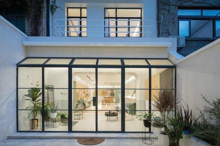 baies vitrees de la maison en plein shanghai