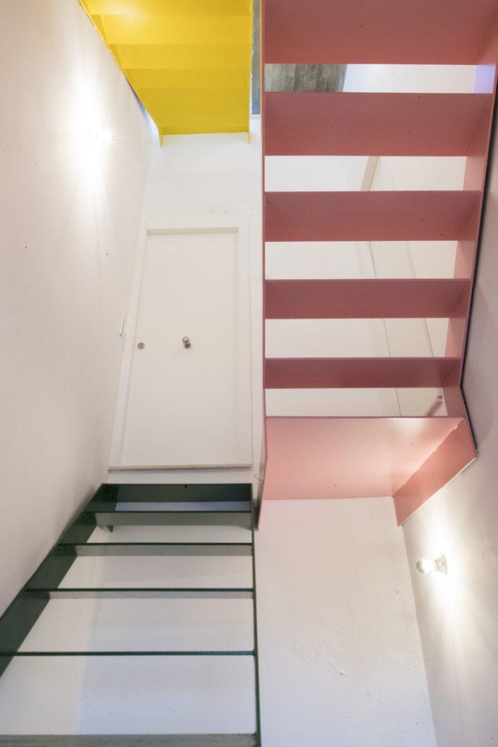 escalier dans la maison diptyque