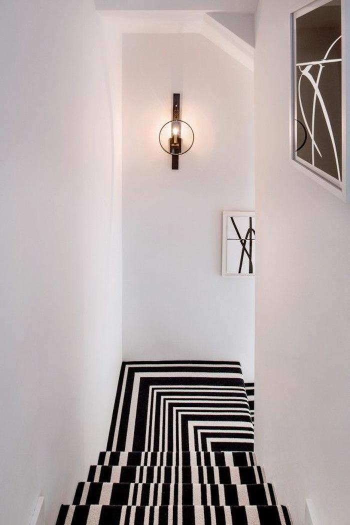 moquette d'escalier à rayures design