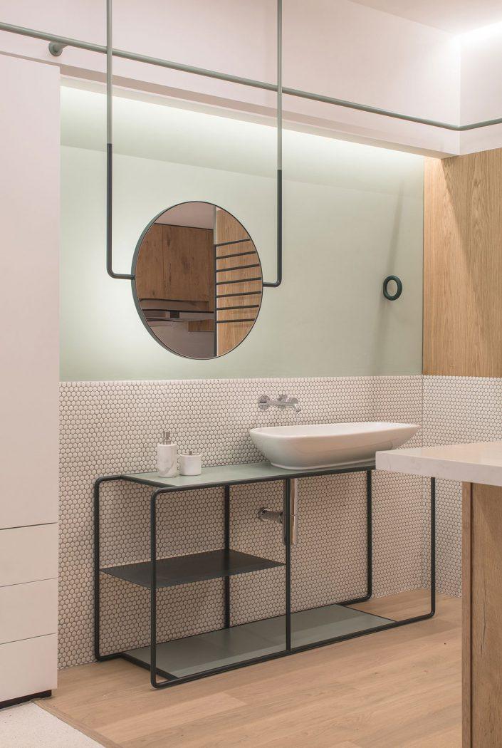 un coin lavabo aussi simpliste que design