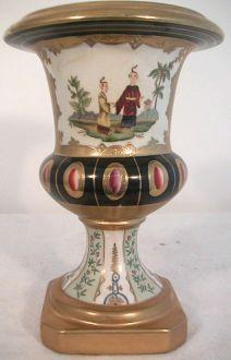 urne medicis aux chinoiseries