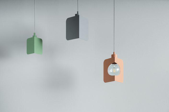 Les deux types de corner lamp ensembles