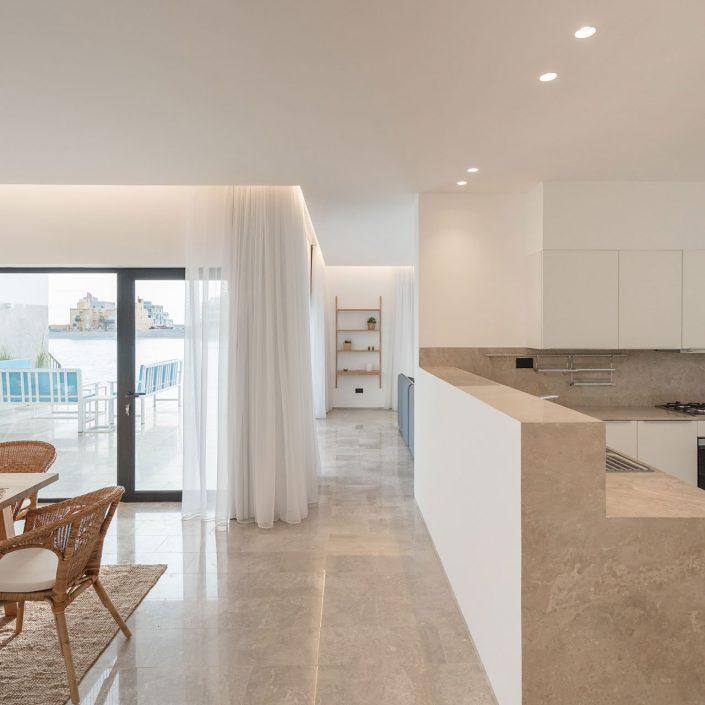 Une cuisine ouverte dans la residence Areia