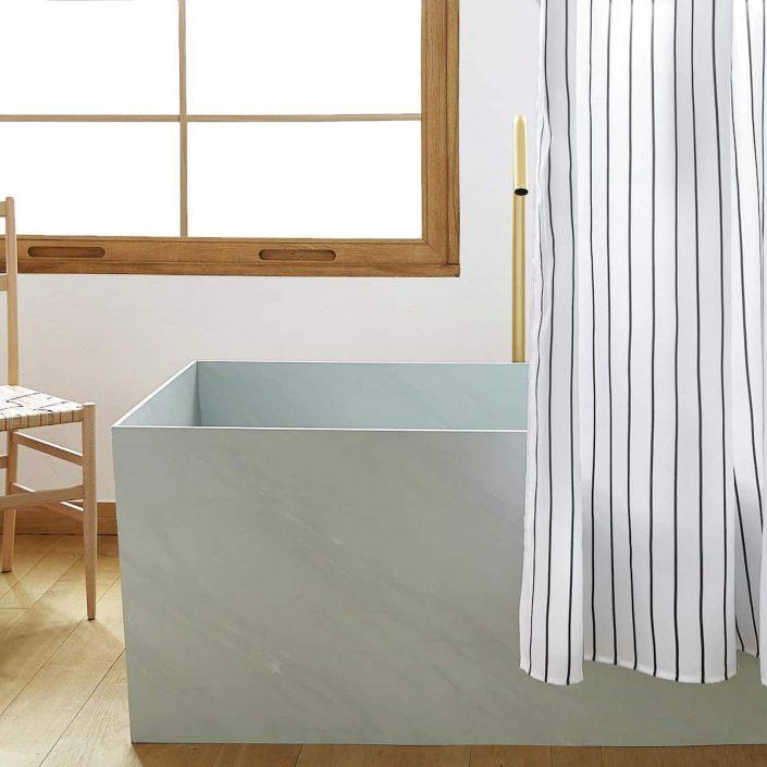 rideau pour eviter de mouiller le sol de sa salle de bain