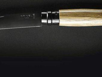 Opinel n°8 Chêne Black : quand l'un des plus célèbres couteaux de poche est revisité et amélioré